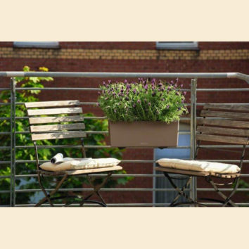 Vazonai balkono sodinukams