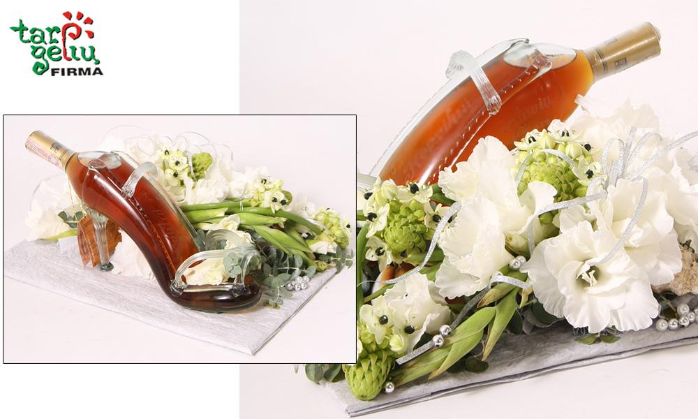 Butelio papuošimas gėlėmis