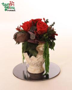 Stabilizuotų rožių kompozicija