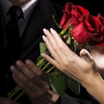 Suskaičiuokime gėlių žiedus. Kiek gėlių dovanoti?