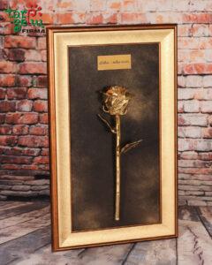 Auksinė rožės su palinkėjimu