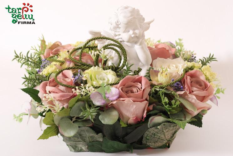 Gėlės iškeliavusiems Anapilin pagal fengšui