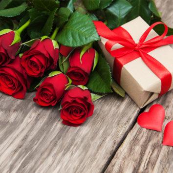 Šv. Valentinas ragina nedelsti su dovanomis